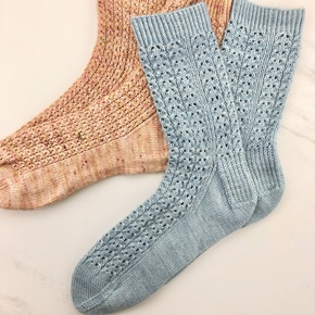 Learn to Knit Socks from the Toe Up with Tash